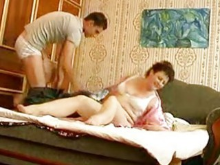 amateur hunk bangs older  plump momma in bedroom