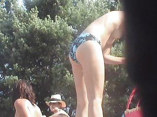 beach incredible 4 girls topless corsica