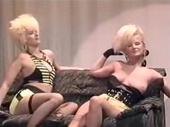 dancing girls - 1988