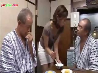amateur eastern  daughter serves daddy and his