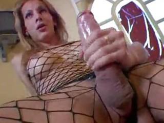shemales putting on fishnet shape pantyhose