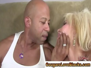 older  nylons chick gets gangbanged