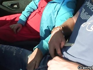 elderly amp is nailed inside the car by a stranger