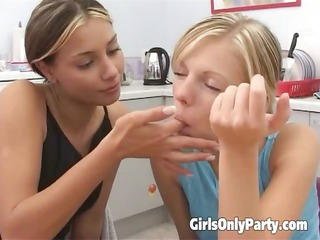 two chicks enjoy with porn toys