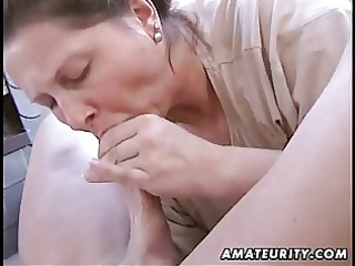 fat inexperienced housewife dick sucking and drill