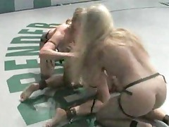 fuck wrestling4 girls! live audience!