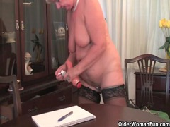 fat granny inside pantyhose plays with fake dick