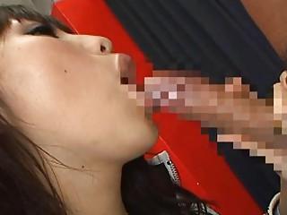 akari satsukihorny eastern  lady doing fellatio